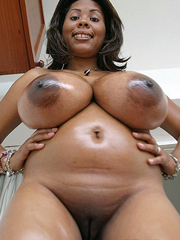 Big ebony boobs, real ebony moms..