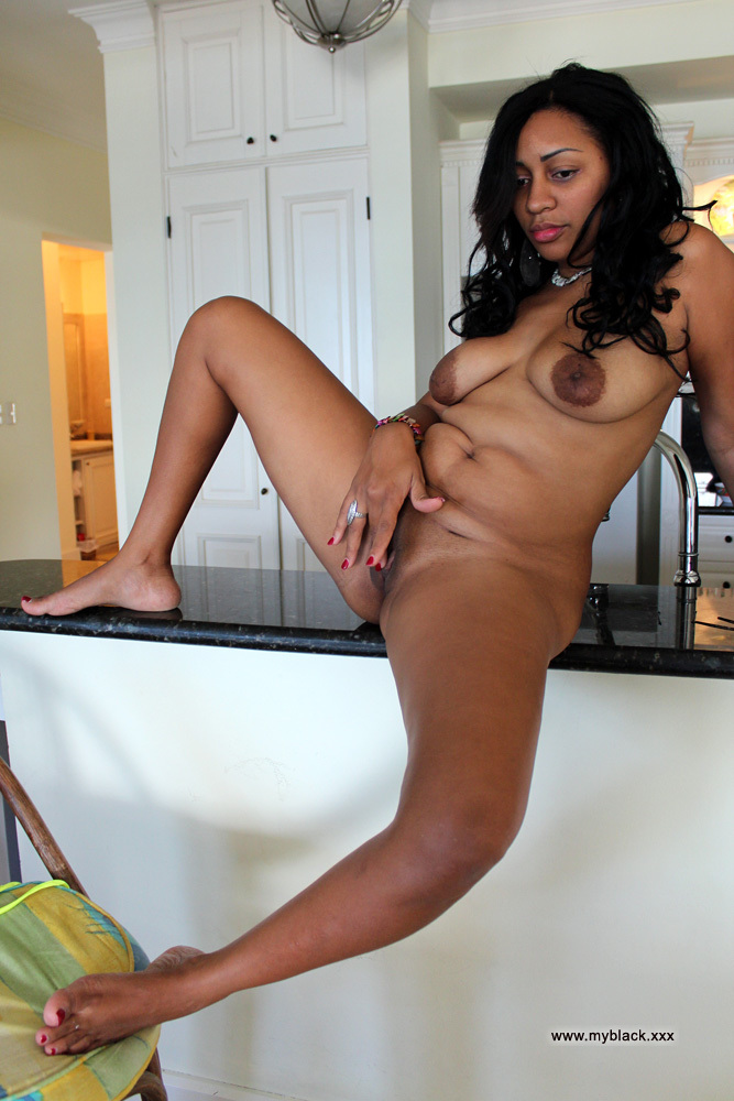 I would to fuck these black housewives - Ebony Nude Gfs. Photo #4