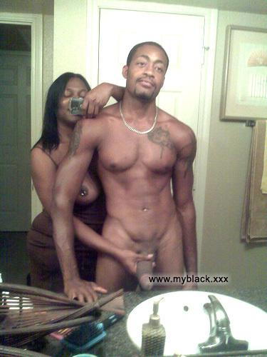naked black amateur couple